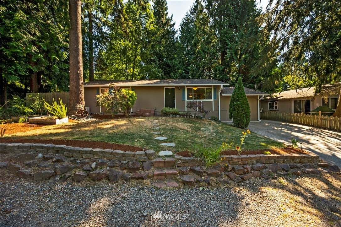 Sold Property | 1012 211th Avenue NE Sammamish, WA 98074 0