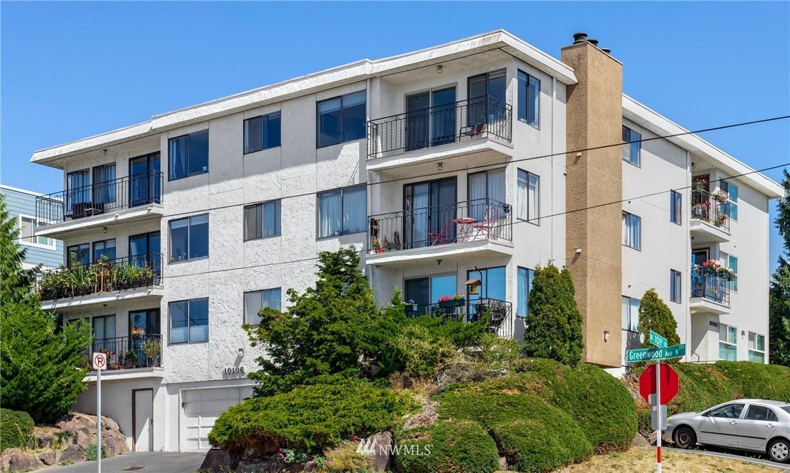 Sold Property | 10106 Greenwood Avenue N #102 Seattle, WA 98133 0