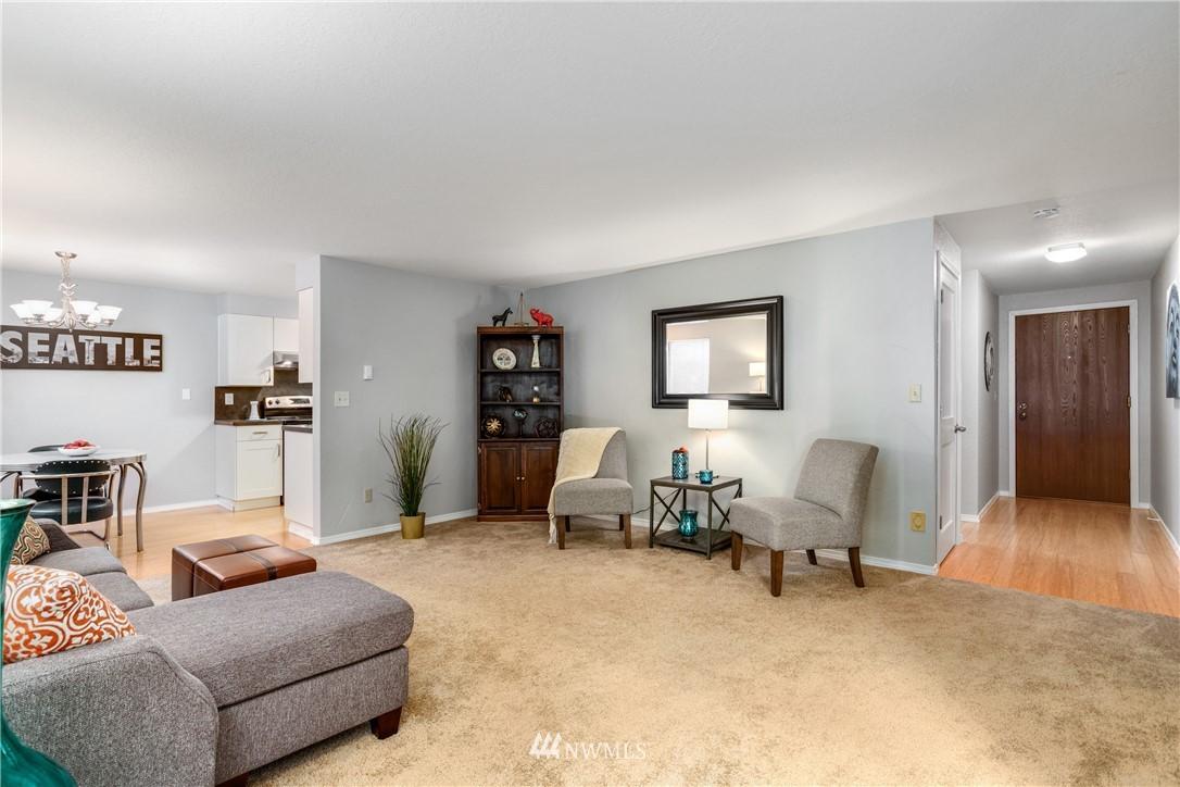 Sold Property | 10106 Greenwood Avenue N #102 Seattle, WA 98133 2