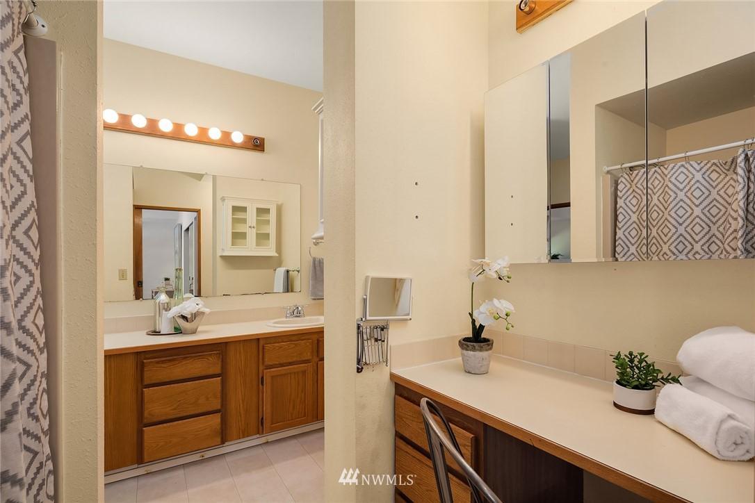 Sold Property | 19730 159th Court NE Woodinville, WA 98072 8
