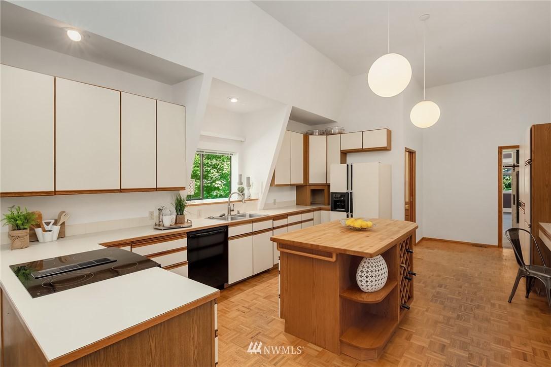 Sold Property | 19730 159th Court NE Woodinville, WA 98072 13