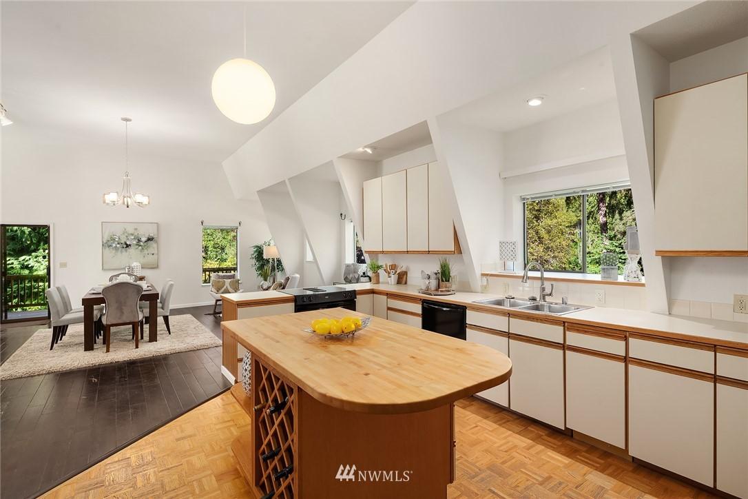 Sold Property | 19730 159th Court NE Woodinville, WA 98072 14