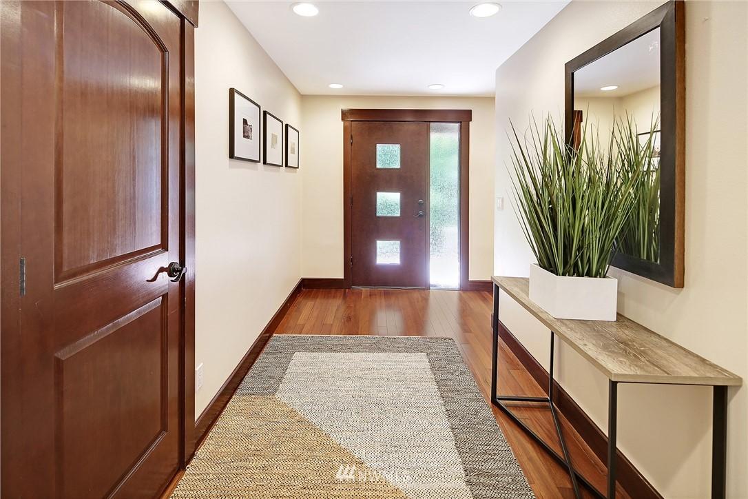 Sold Property | 4034 NE 195th Street Lake Forest Park, WA 98155 4