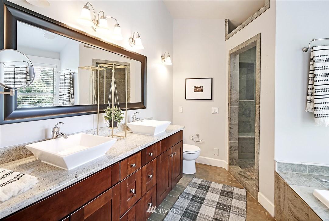 Sold Property | 4034 NE 195th Street Lake Forest Park, WA 98155 18