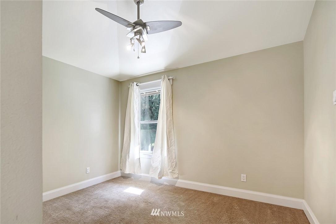 Sold Property | 4034 NE 195th Street Lake Forest Park, WA 98155 24