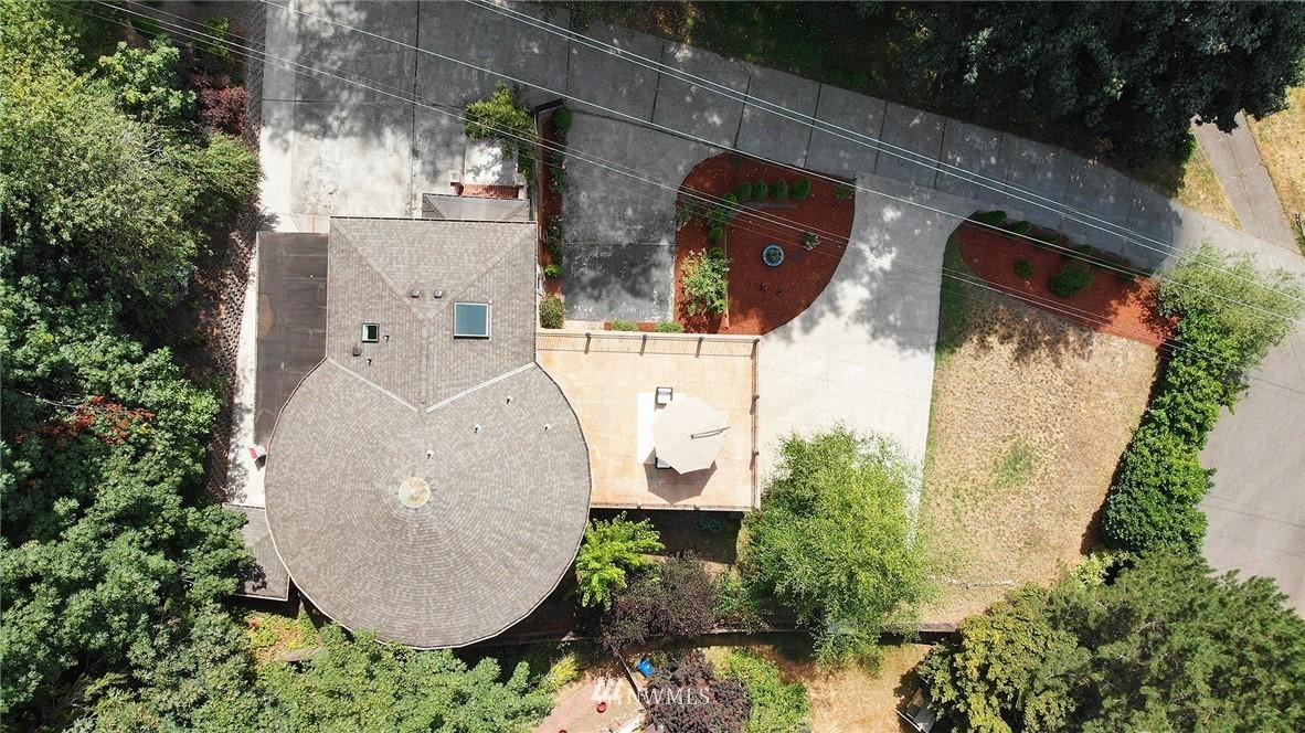 Sold Property | 4034 NE 195th Street Lake Forest Park, WA 98155 38