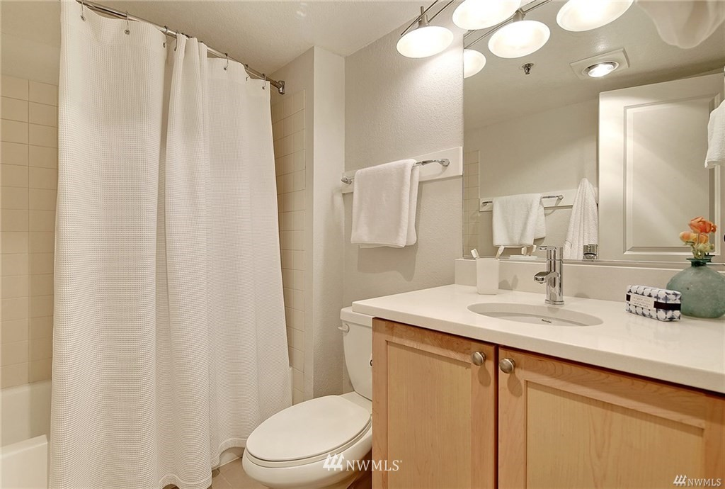 Sold Property | 1311 12th Avenue S #C105 Seattle, WA 98144 17