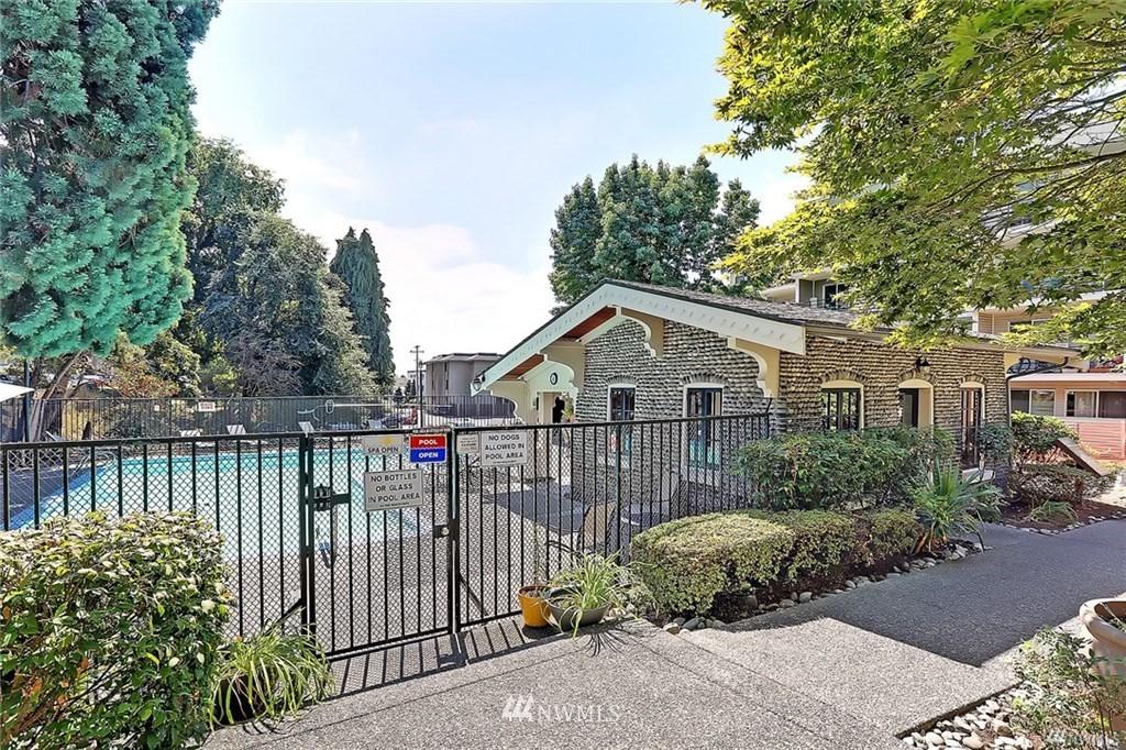 Sold Property | 1311 12th Avenue S #C105 Seattle, WA 98144 19