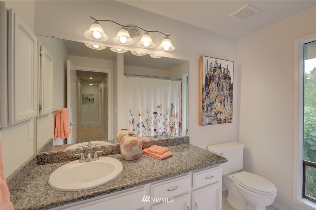 Sold Property   1712 159th Place NE #45 Bellevue, WA 98008 17