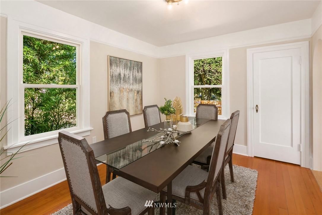 Sold Property | 7539 Brooklyn Avenue NE Seattle, WA 98115 8