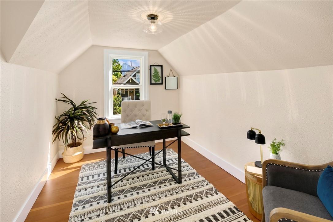 Sold Property | 7539 Brooklyn Avenue NE Seattle, WA 98115 15