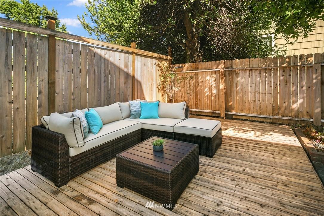 Sold Property | 7539 Brooklyn Avenue NE Seattle, WA 98115 28