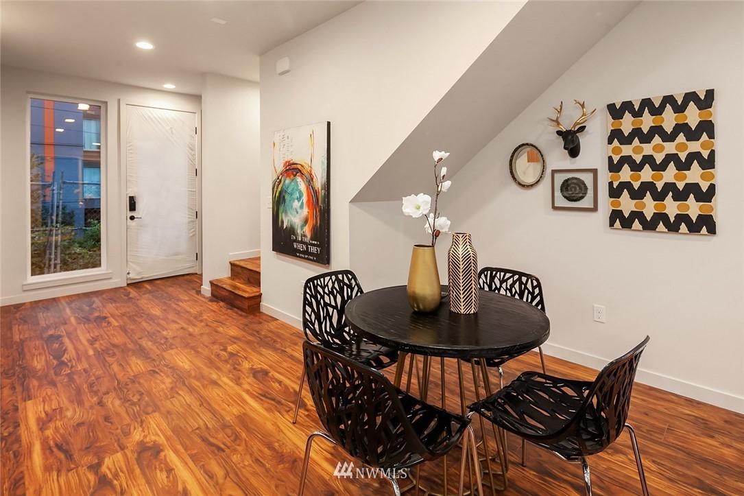 Sold Property   304 N 107th Street Seattle, WA 98133 5
