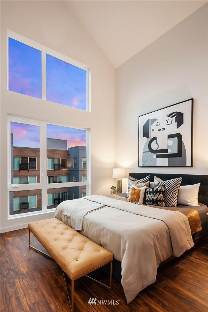 Sold Property   304 N 107th Street Seattle, WA 98133 17