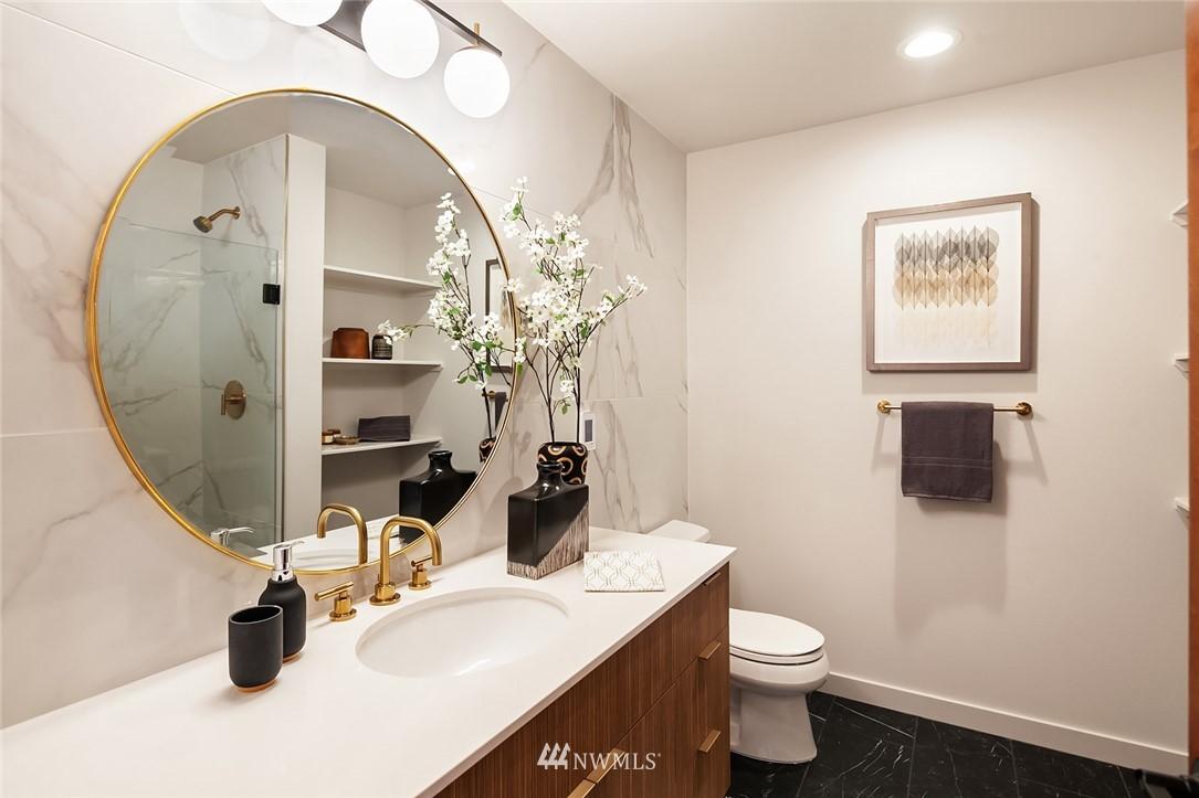 Sold Property   304 N 107th Street Seattle, WA 98133 15