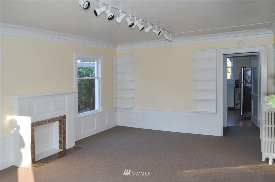 Sold Property | 4720 47th Avenue NE Seattle, WA 98105 3