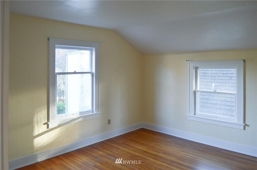 Sold Property | 4720 47th Avenue NE Seattle, WA 98105 14