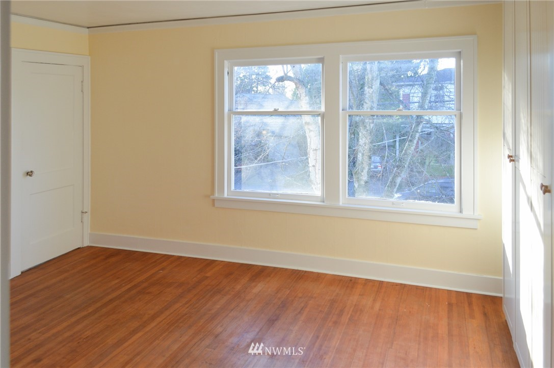 Sold Property | 4720 47th Avenue NE Seattle, WA 98105 15