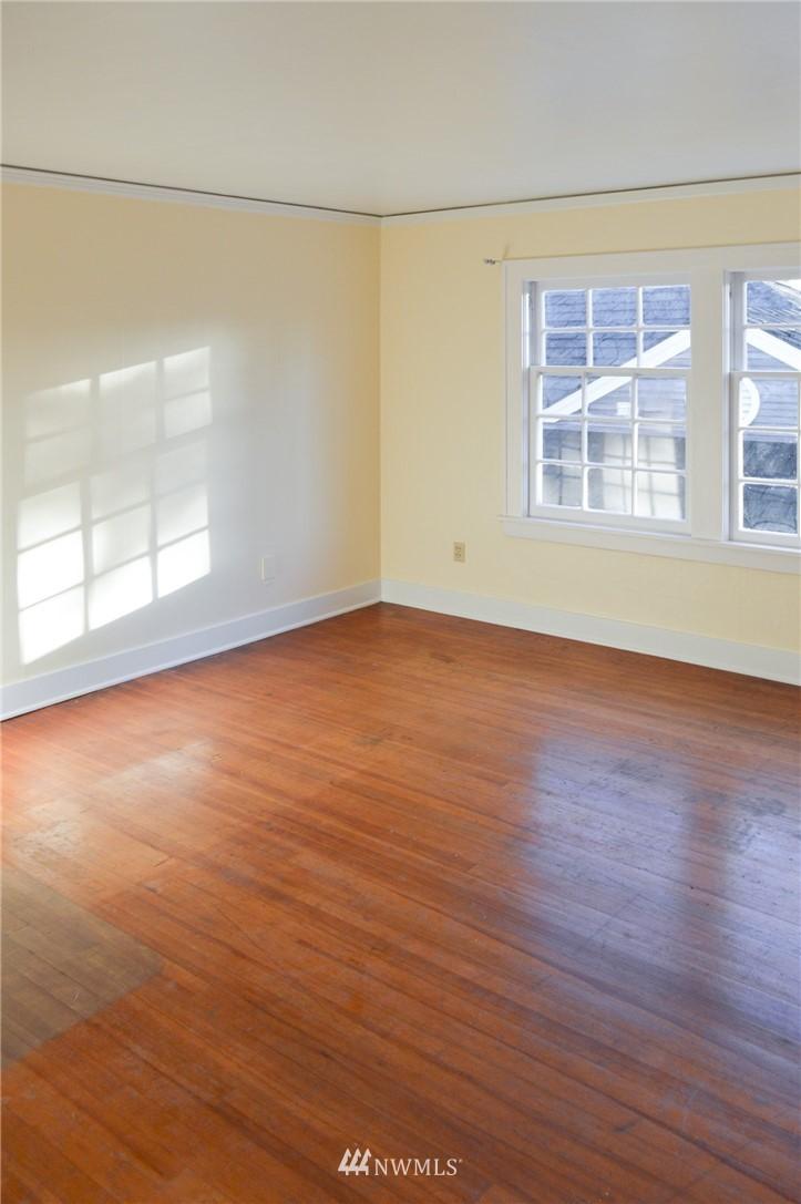 Sold Property | 4720 47th Avenue NE Seattle, WA 98105 19