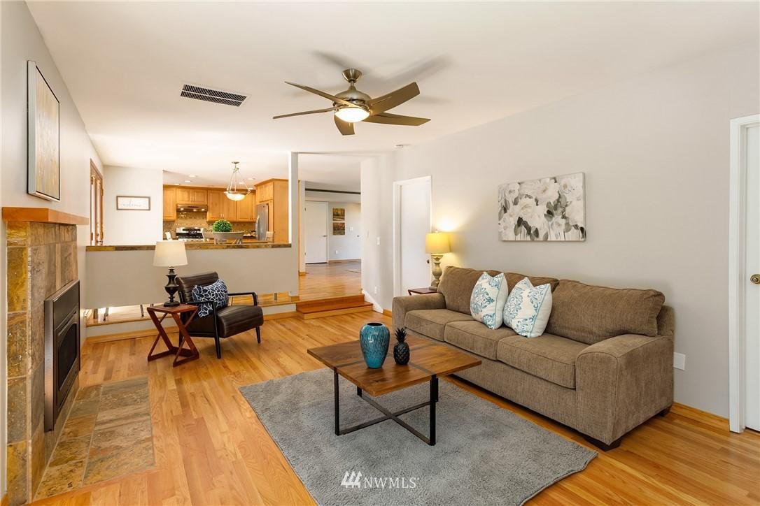 Sold Property   2944 162nd Avenue SE Bellevue, WA 98008 8