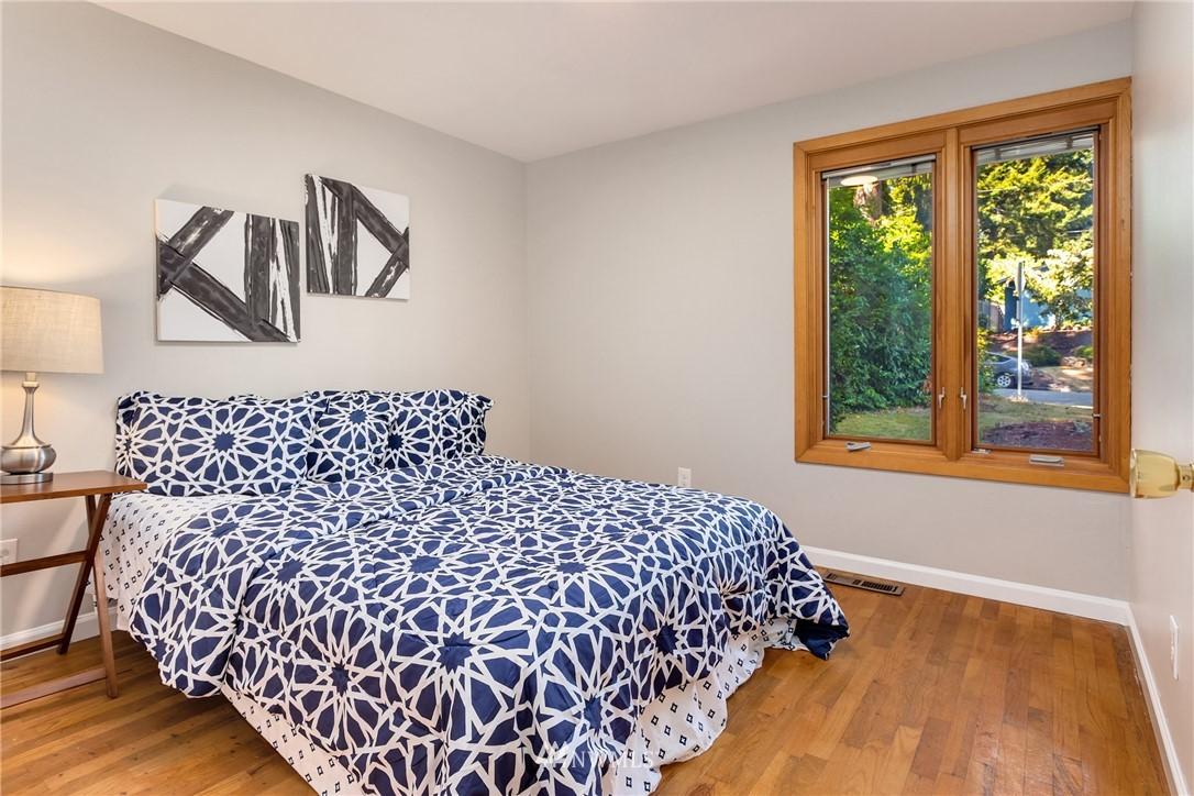 Sold Property   2944 162nd Avenue SE Bellevue, WA 98008 9