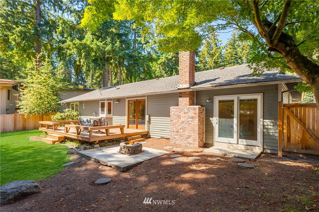 Sold Property   2944 162nd Avenue SE Bellevue, WA 98008 17