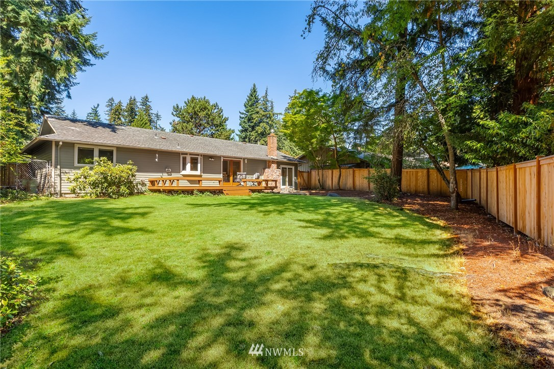 Sold Property   2944 162nd Avenue SE Bellevue, WA 98008 18