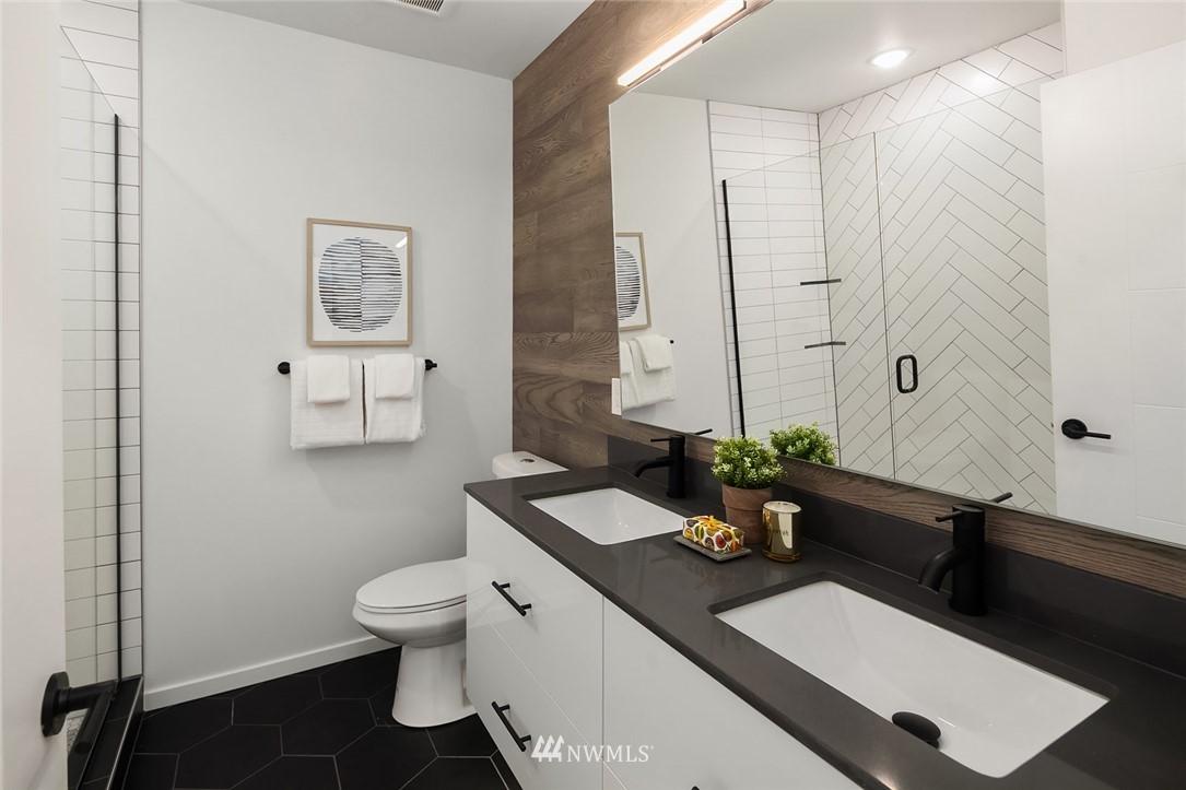 Sold Property   2616 E Yesler Way Seattle, WA 98122 16