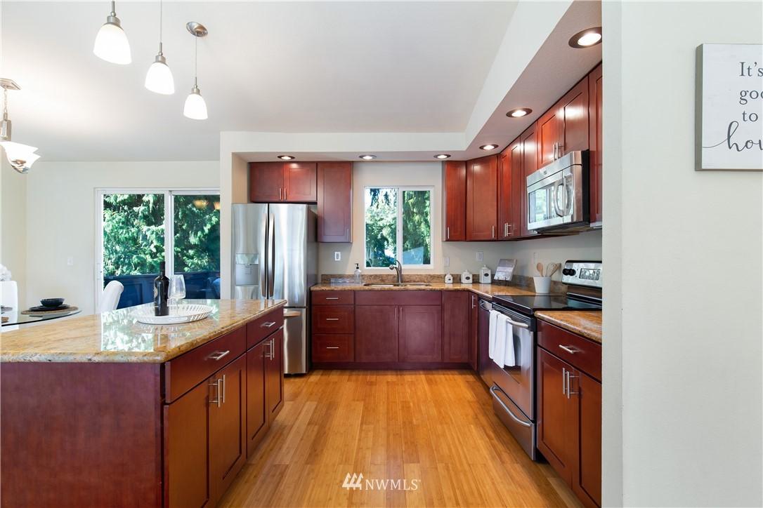 Sold Property   13311 17th Avenue NE Seattle, WA 98125 4