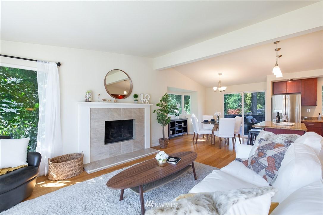 Sold Property   13311 17th Avenue NE Seattle, WA 98125 5
