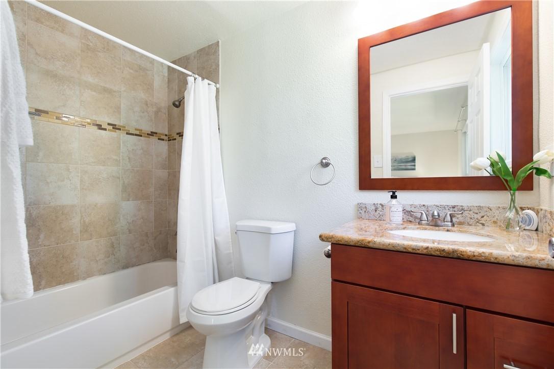 Sold Property   13311 17th Avenue NE Seattle, WA 98125 9