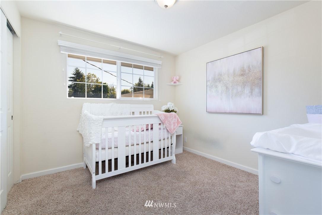 Sold Property   13311 17th Avenue NE Seattle, WA 98125 10