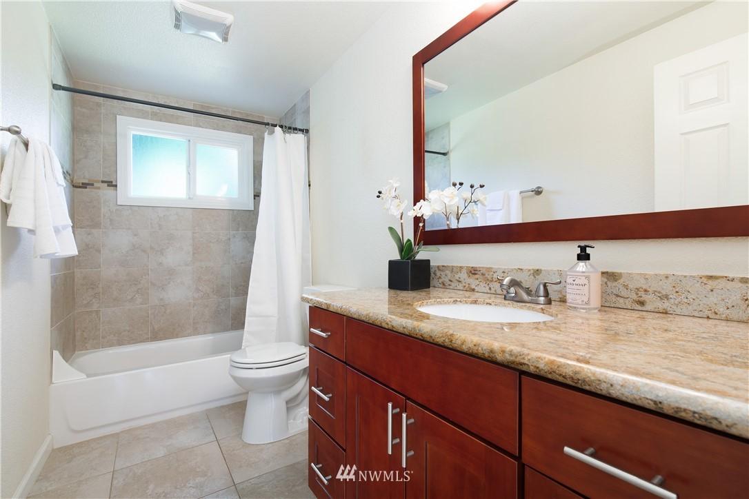 Sold Property   13311 17th Avenue NE Seattle, WA 98125 14