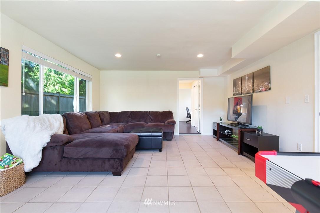 Sold Property   13311 17th Avenue NE Seattle, WA 98125 16