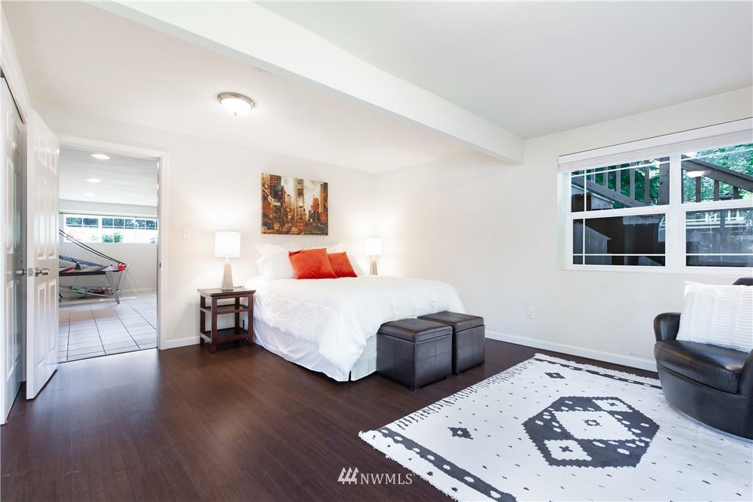 Sold Property   13311 17th Avenue NE Seattle, WA 98125 19