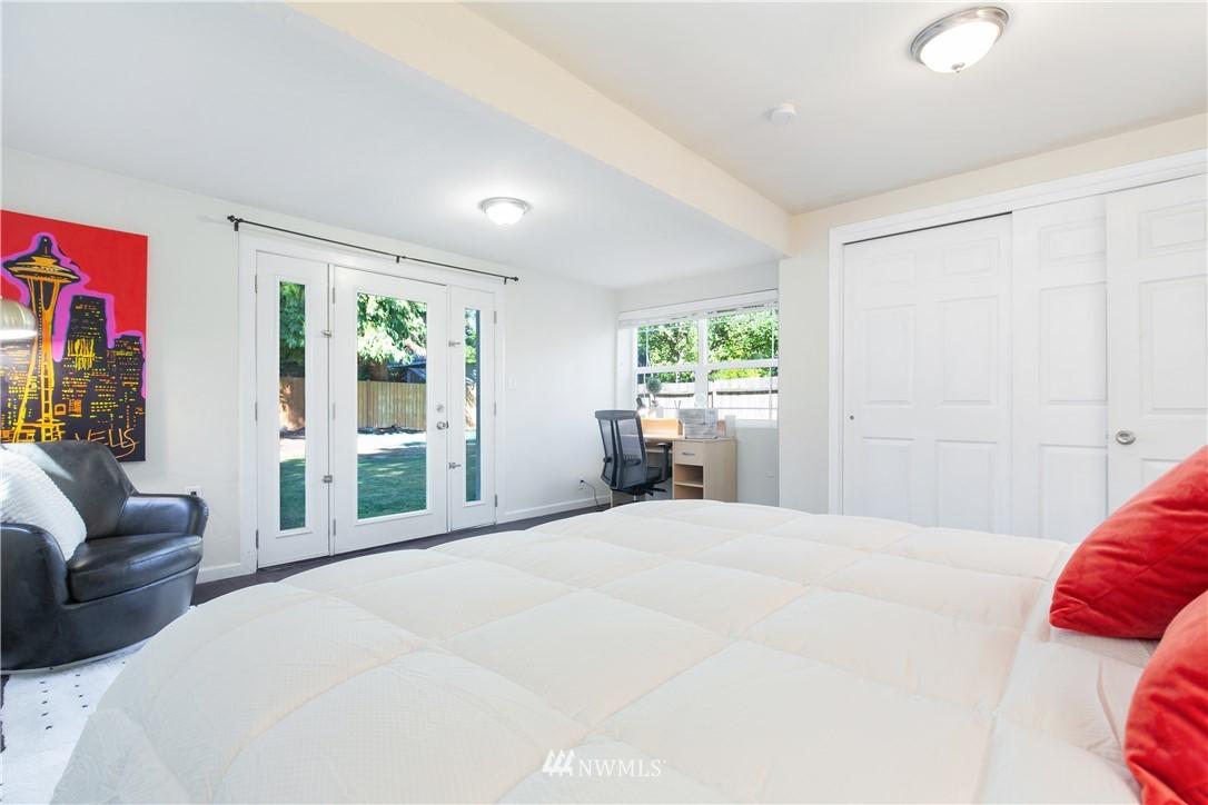 Sold Property   13311 17th Avenue NE Seattle, WA 98125 20