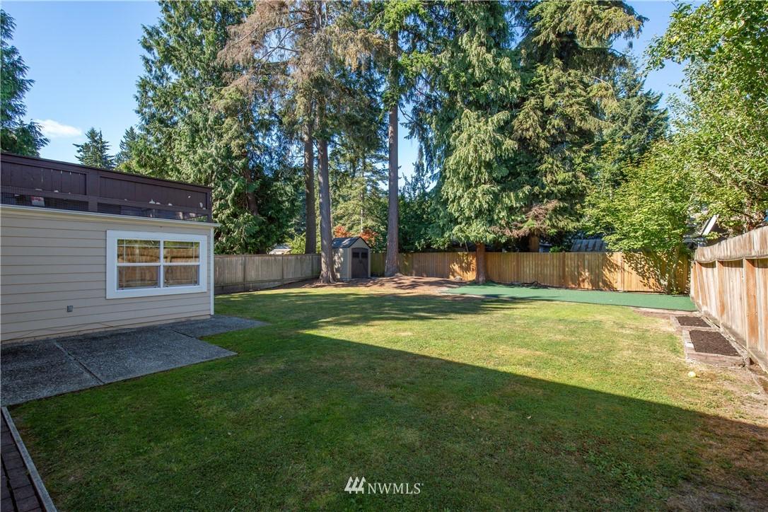 Sold Property   13311 17th Avenue NE Seattle, WA 98125 25