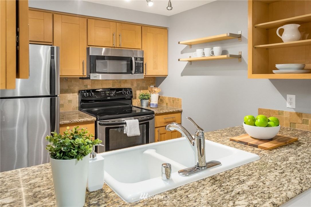 Sold Property | 6960 California Avenue SW #A209 Seattle, WA 98136 8