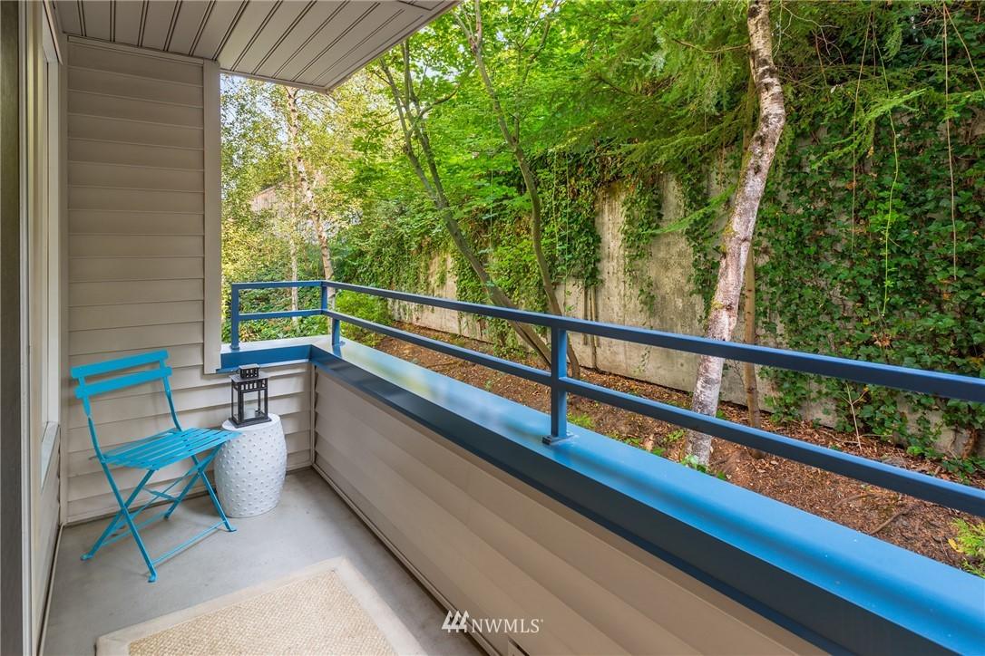 Sold Property | 6960 California Avenue SW #A209 Seattle, WA 98136 18