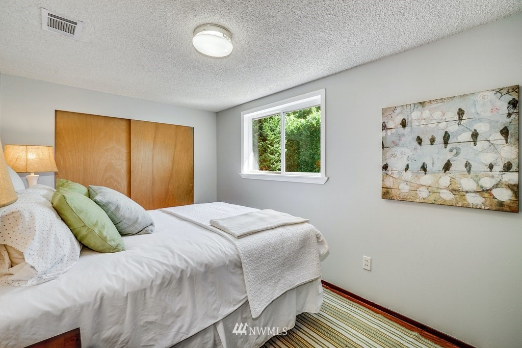 Sold Property | 14054 17th Avenue NE Seattle, WA 98125 11