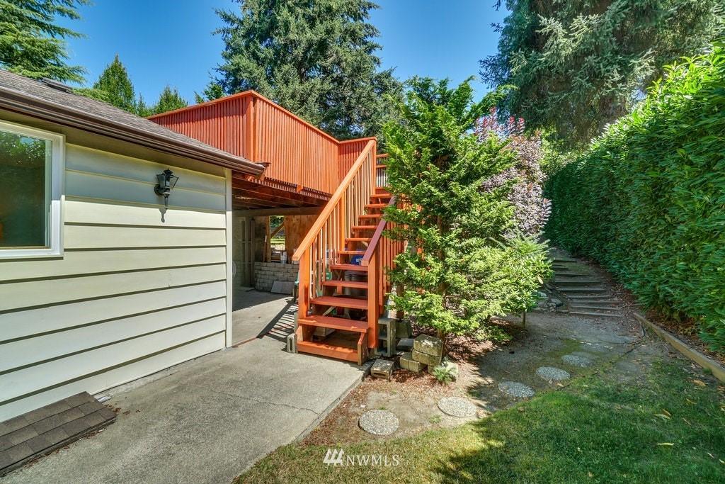 Sold Property | 14054 17th Avenue NE Seattle, WA 98125 24
