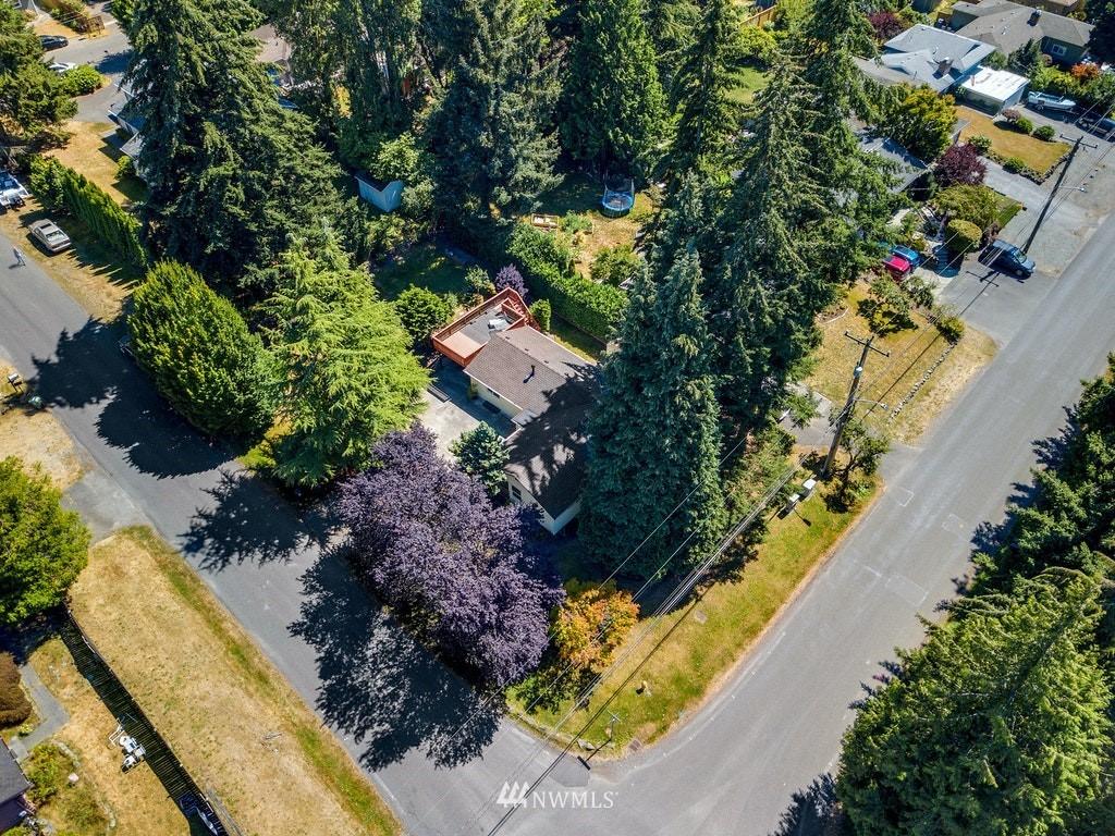 Sold Property | 14054 17th Avenue NE Seattle, WA 98125 27