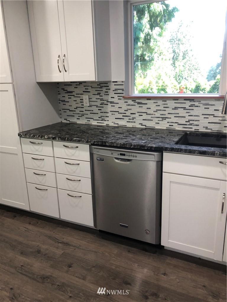 Sold Property   2618 Panaview Boulevard Everett, WA 98203 4