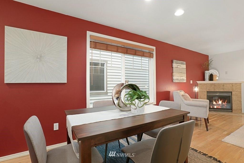 Sold Property   10504 Whitman Avenue N #A Seattle, WA 98133 14