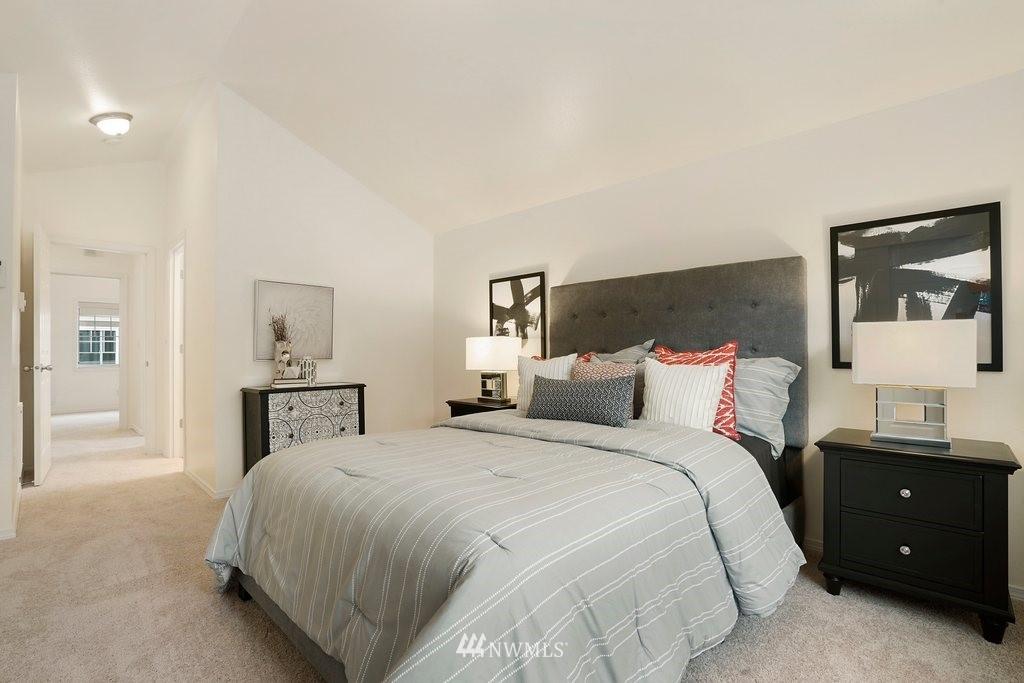 Sold Property   10504 Whitman Avenue N #A Seattle, WA 98133 17