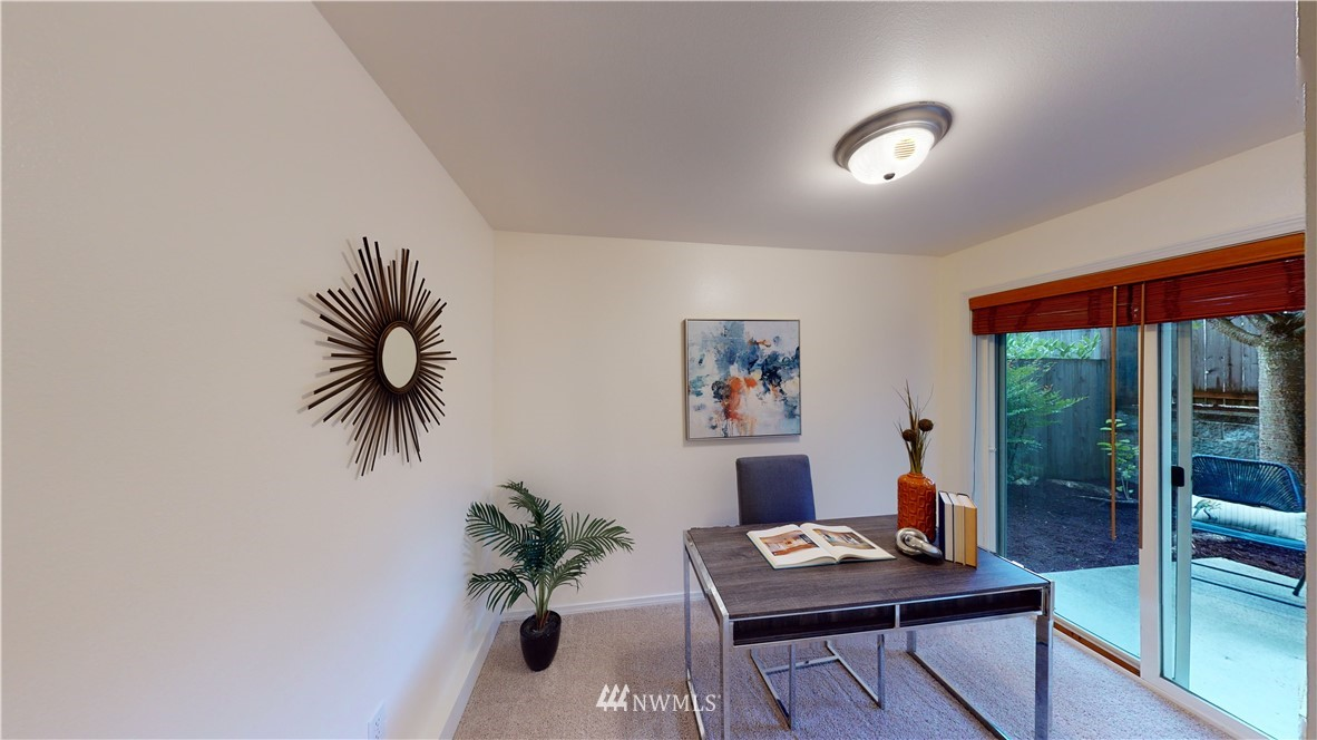Sold Property   10504 Whitman Avenue N #A Seattle, WA 98133 25