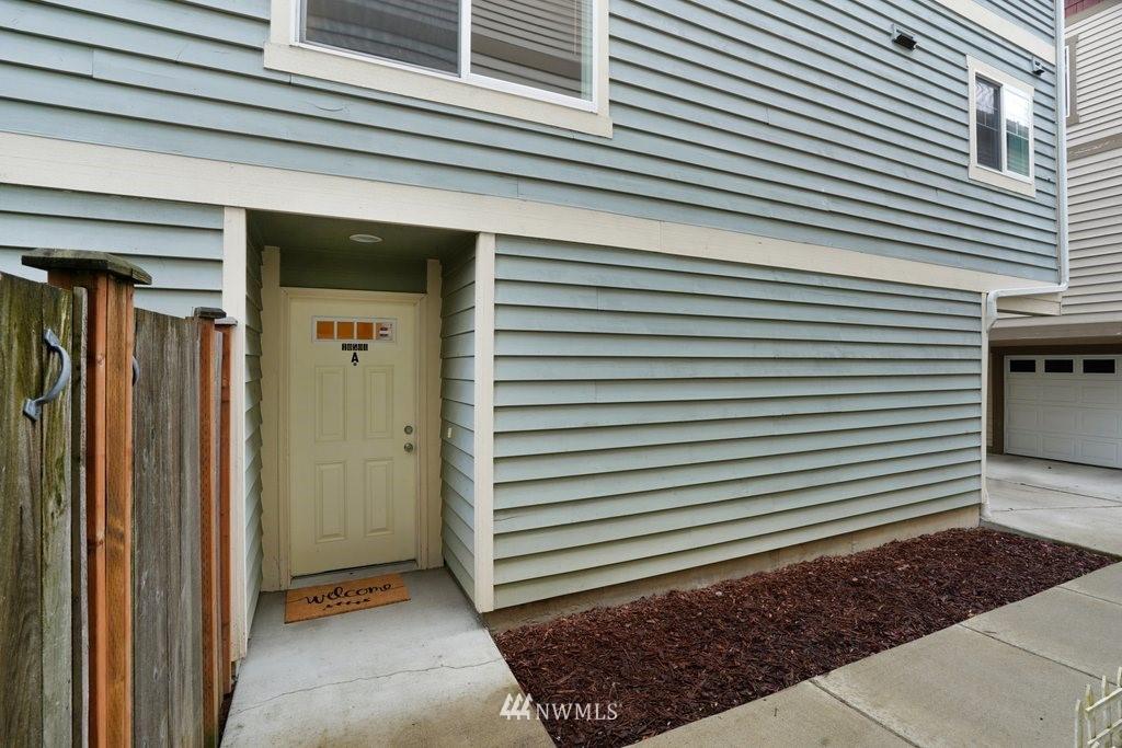 Sold Property   10504 Whitman Avenue N #A Seattle, WA 98133 32