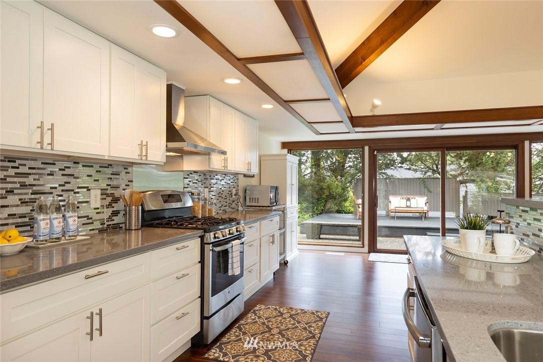 Sold Property | 2602 Taylor Drive Everett, WA 98203 3