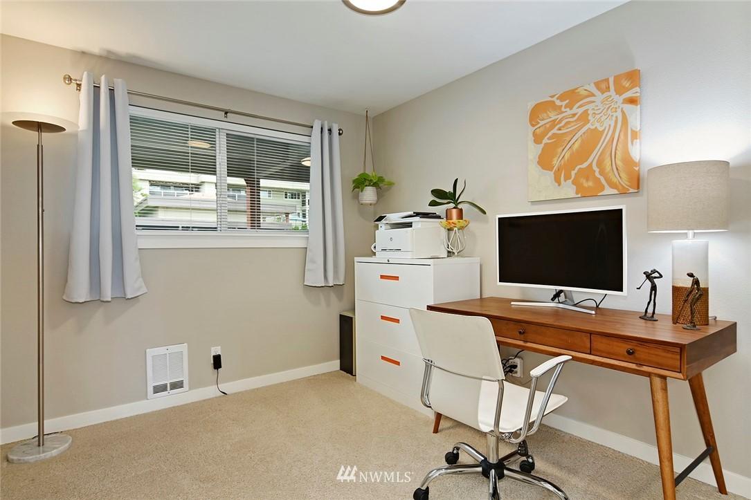 Sold Property | 701 122nd Avenue NE #204 Bellevue, WA 98005 15
