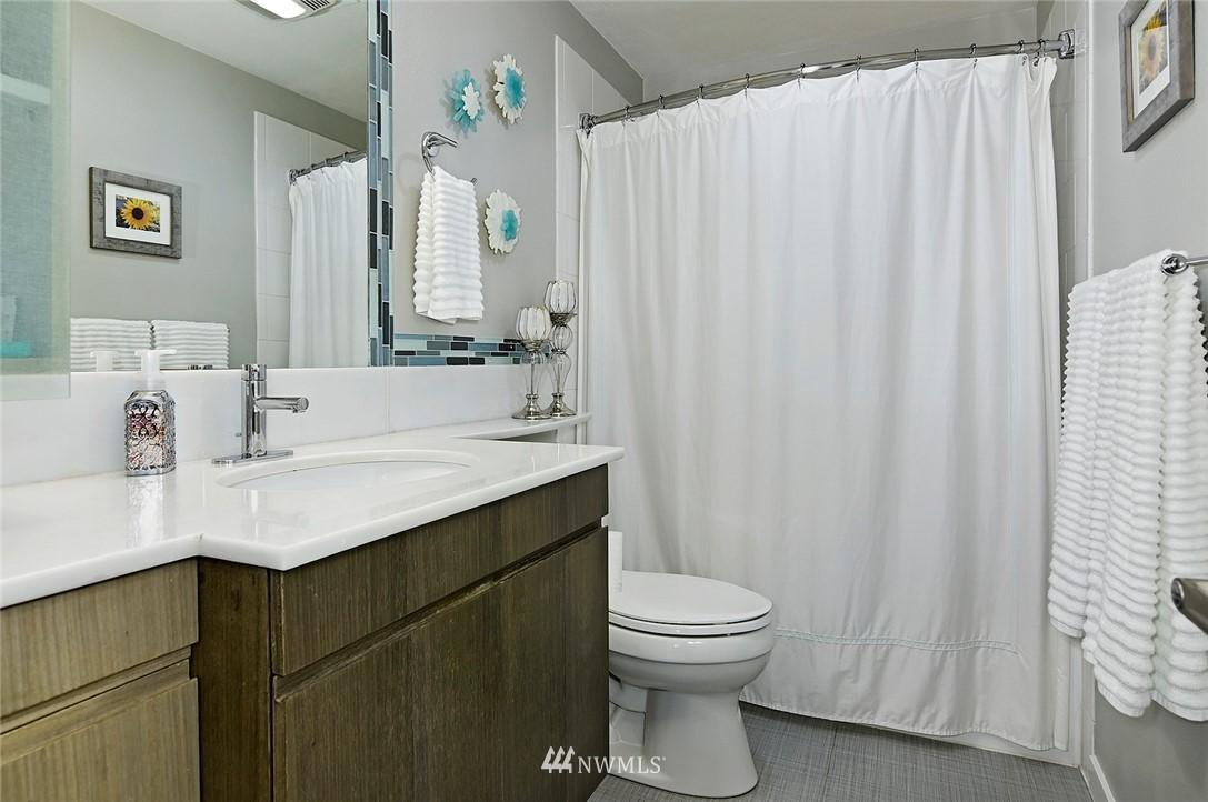 Sold Property | 701 122nd Avenue NE #204 Bellevue, WA 98005 16